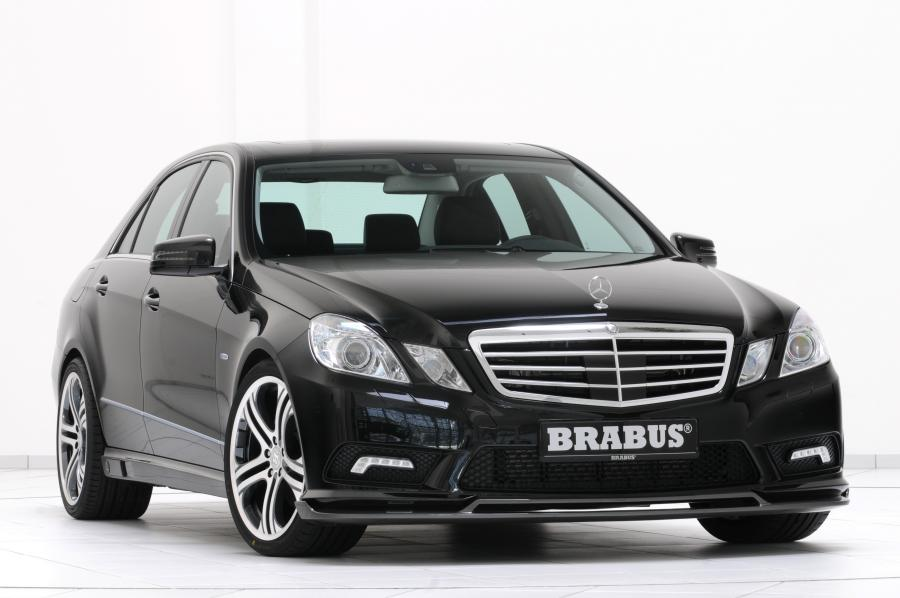 2011_Mercedes-Benz_E-klasse_AMG_by_Brabus_002_1685.jpg