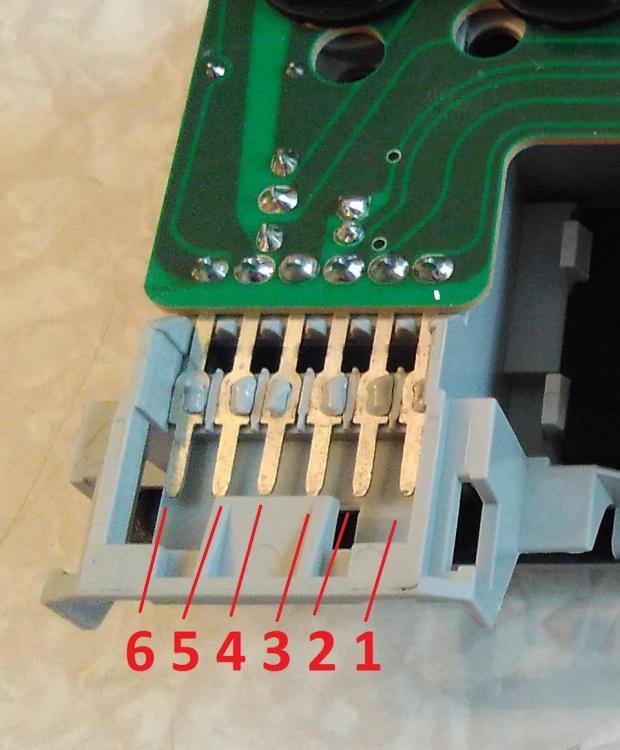 4403536s-960.jpg
