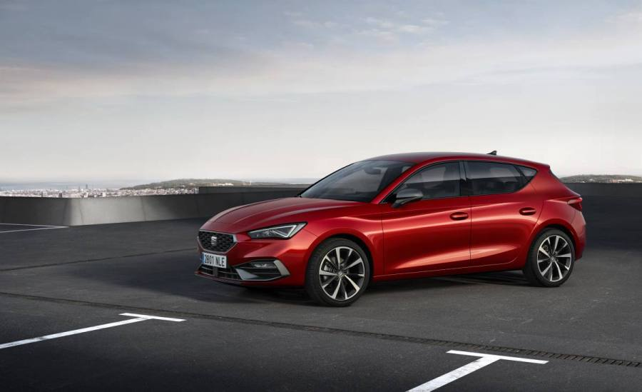SEAT-launches-the-all-new-SEAT-Leon_02_HQ.jpg