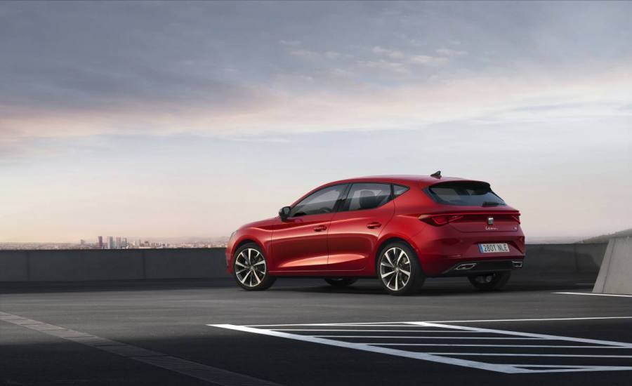 SEAT-launches-the-all-new-SEAT-Leon_03_HQ.jpg