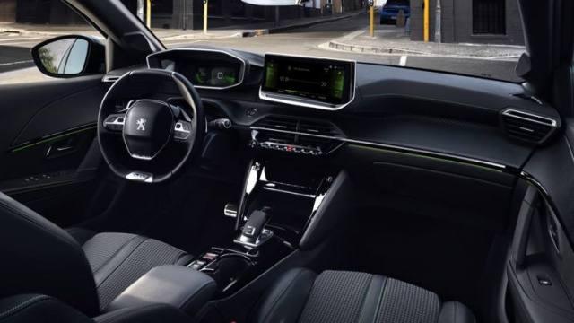 Peugeot_e-208_GT-18.thumb.jpg.48532acda6c4e7cdfccfee305ec60de2.jpg