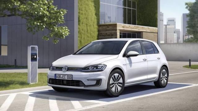 Volkswagen_e-Golf-2017-01.thumb.jpg.52b43c595d96b074c8645f23f77ff409.jpg