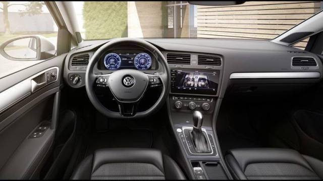 Volkswagen_e-Golf-2017-06.thumb.jpg.758bf60241fe7aa80341b853e20d32a5.jpg